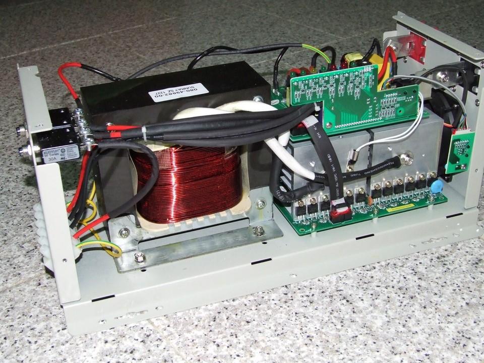 Batterie per fotovoltaico tutte le offerte cascare a for Stabilizzatore di tensione 220v 3kw prezzi